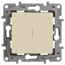 1-клавишный выключатель/переключатель LEGRAND Etika с подсветкой и авт. клеммами Кремовый (672315)