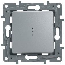 1-клавишный выключатель/переключатель LEGRAND Etika с подсветкой и авт. клеммами Алюминий (672415)